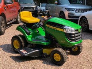 John Deere E100 Riding Mower Review