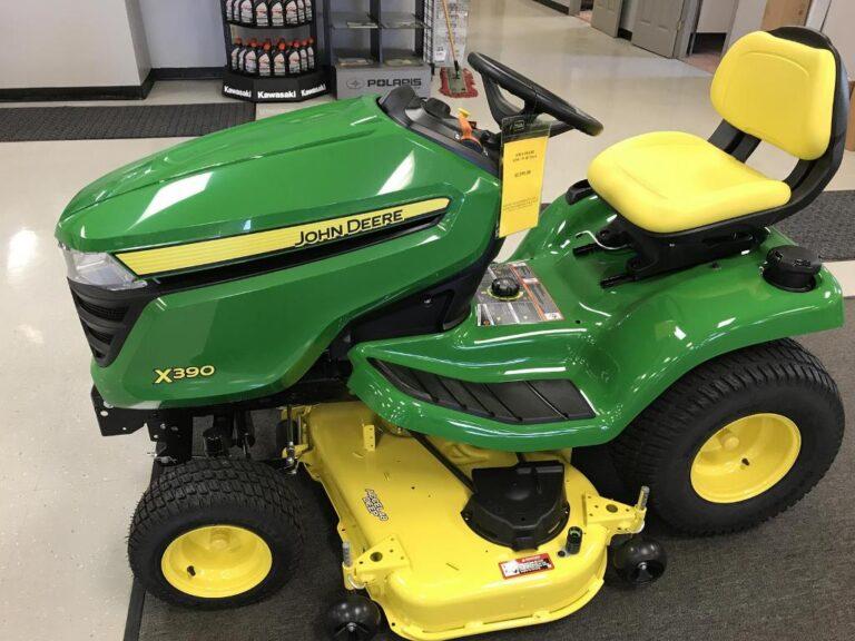 John Deere X390 Lawn Tractor Review