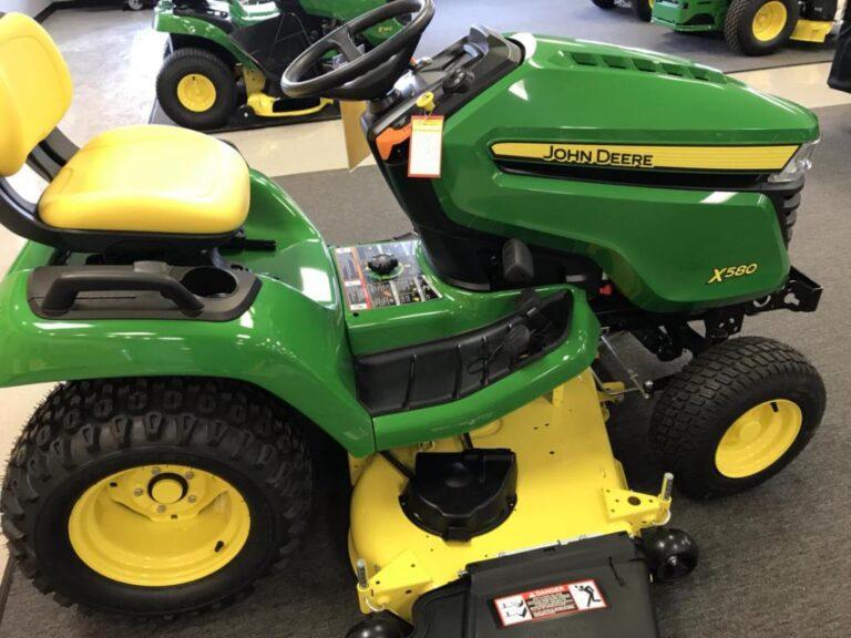 John Deere X580 Lawn Tractor Review
