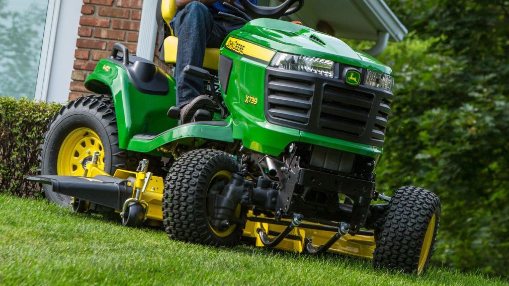 John Deere X739 Lawn Mower Review