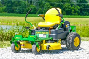 John Deere Z345R Zero-Turn Lawn Mower Review