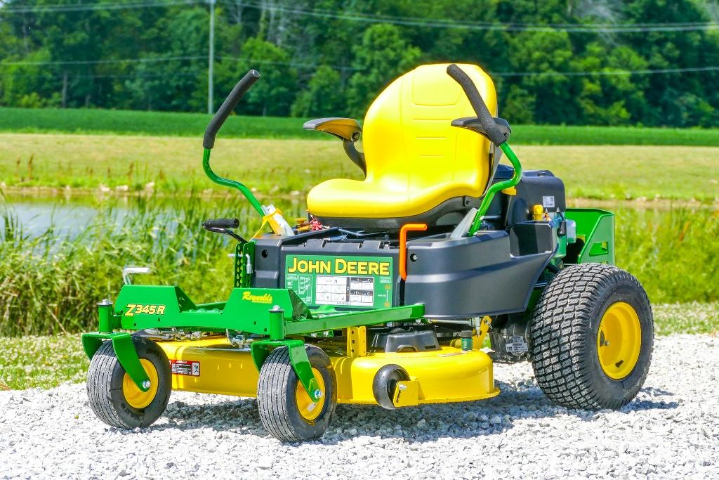 John Deere Z345R Zero-Turn Lawn Mower Review