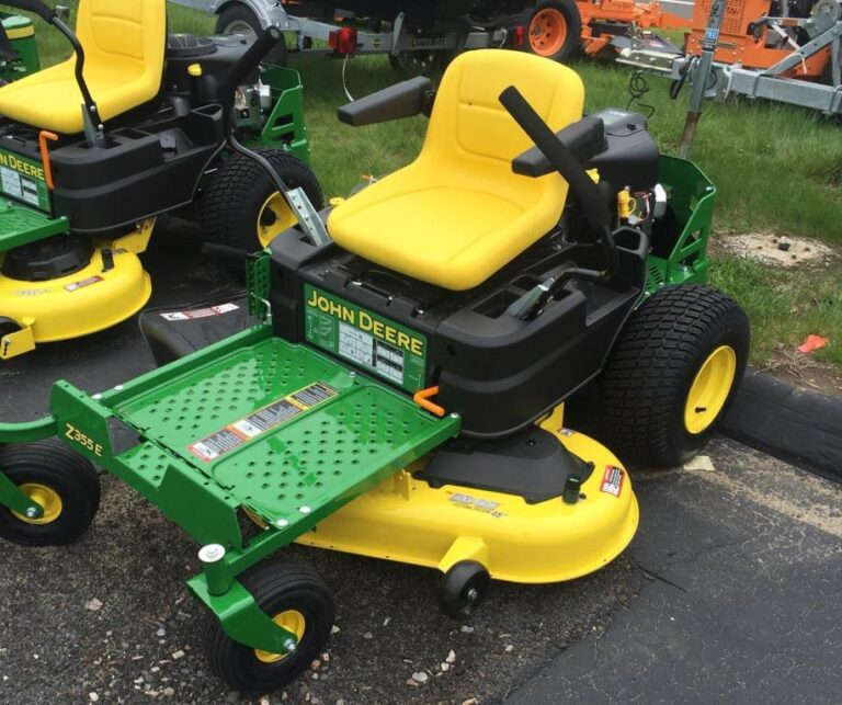 John Deere Z355E Zero-Turn Lawn Mower Review