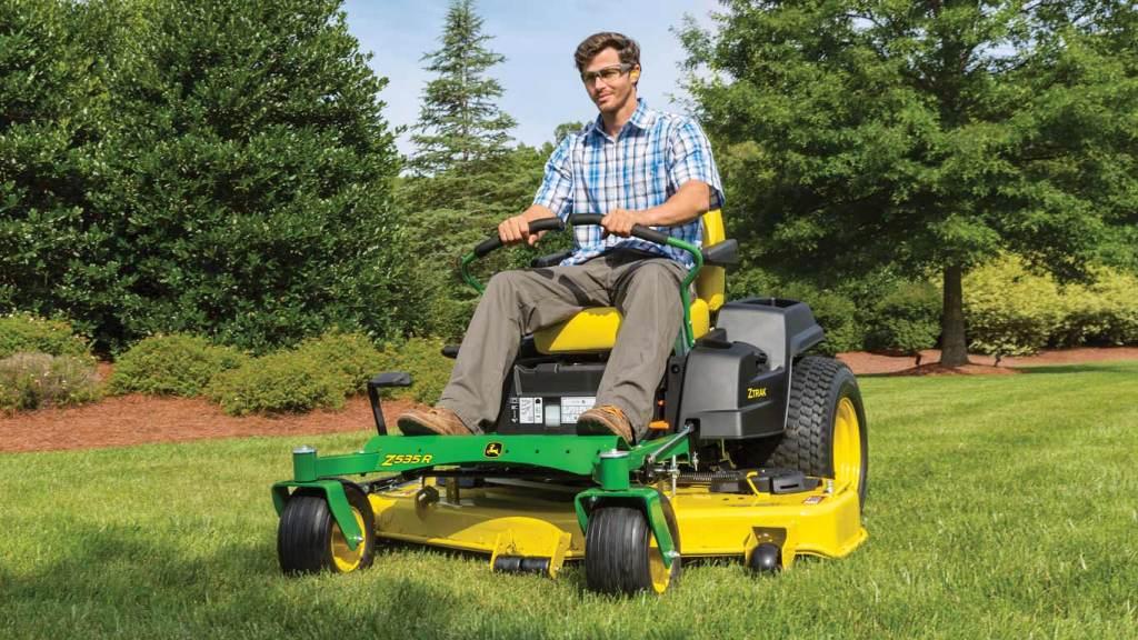John Deere Z535R Zero-Turn Lawn Mower Review