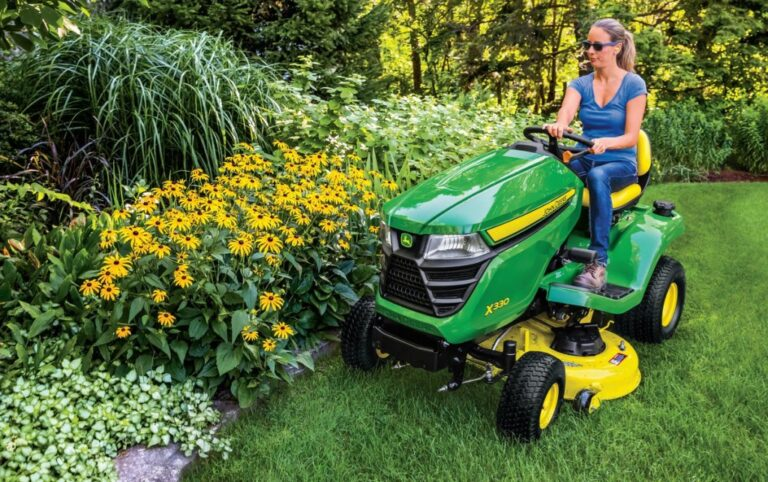 John Deere X330 Lawn Tractor Review