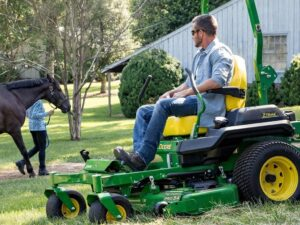 John Deere Z735M Zero-Turn Mower Review