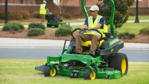 John Deere Z740R Zero-Turn Mower Review