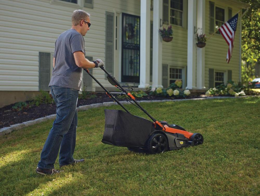 Black+Decker CM2040 Battery Lawn Mower Review