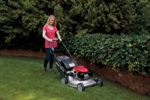 Honda HRR216K9 VKA Gas Lawn Mower Review